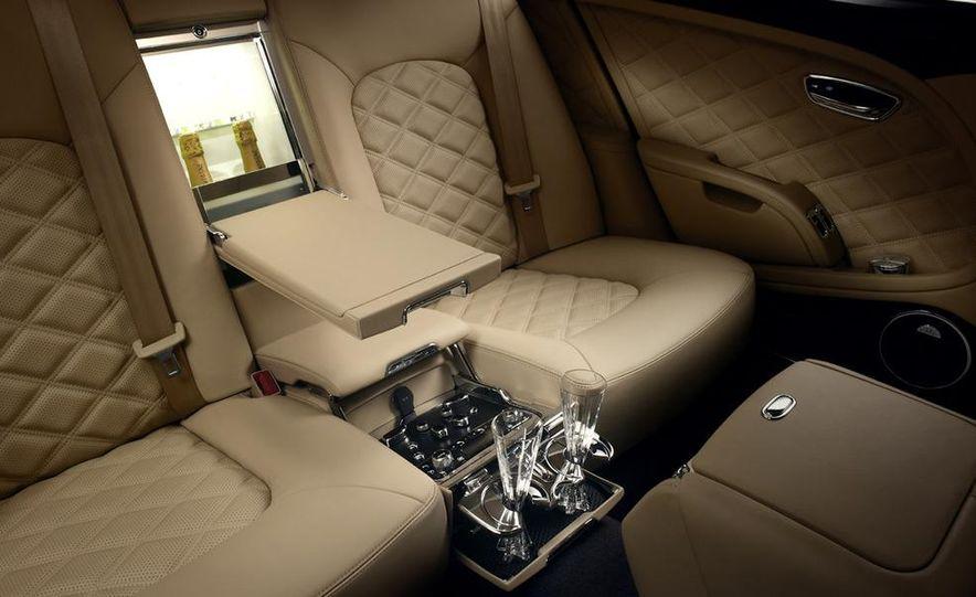 2013 Bentley Mulsanne Mulliner - Slide 32