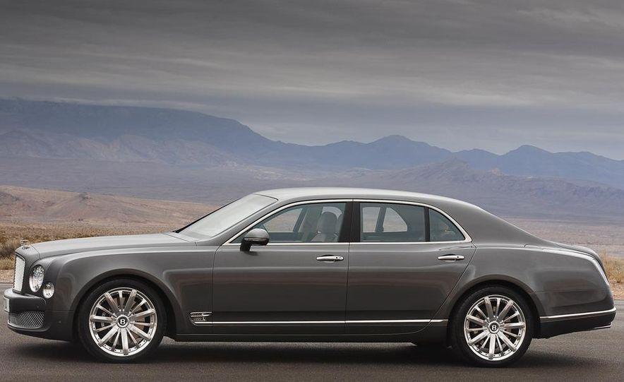 2013 Bentley Mulsanne Mulliner - Slide 28