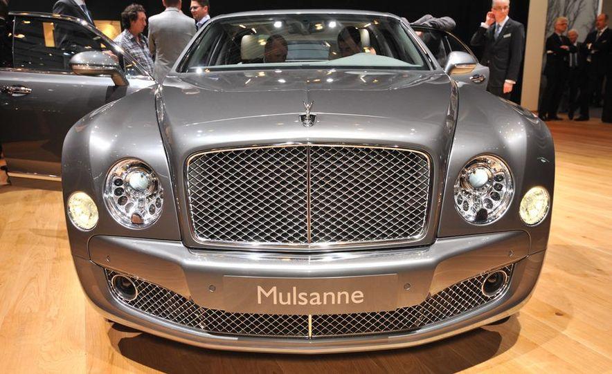 2013 Bentley Mulsanne Mulliner - Slide 2