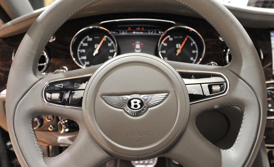 2013 Bentley Mulsanne Mulliner - Slide 18