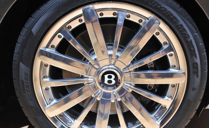 2013 Bentley Mulsanne Mulliner - Slide 7