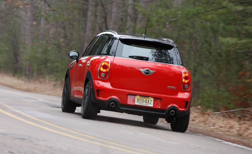 2012 Nissan Juke SV AWD, 2011 Mini Cooper S Countryman ALL4, and 2012 Jeep Compass Latitude 4x4 - Slide 41