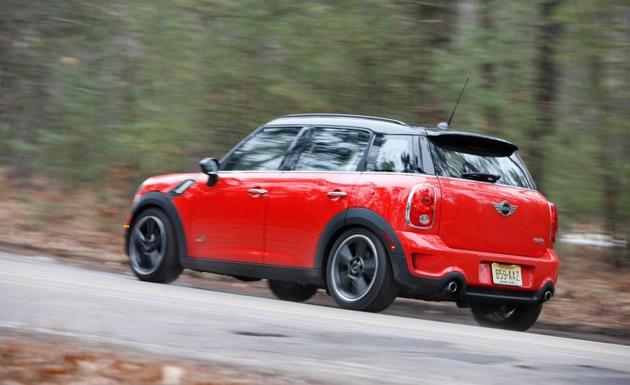 2012 Nissan Juke SV AWD, 2011 Mini Cooper S Countryman ALL4, and 2012 Jeep Compass Latitude 4x4 - Slide 42