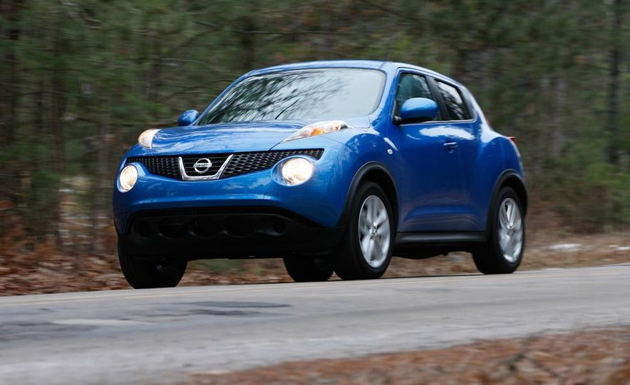 2012 Nissan Juke SV AWD, 2011 Mini Cooper S Countryman ALL4, and 2012 Jeep Compass Latitude 4x4 - Slide 24