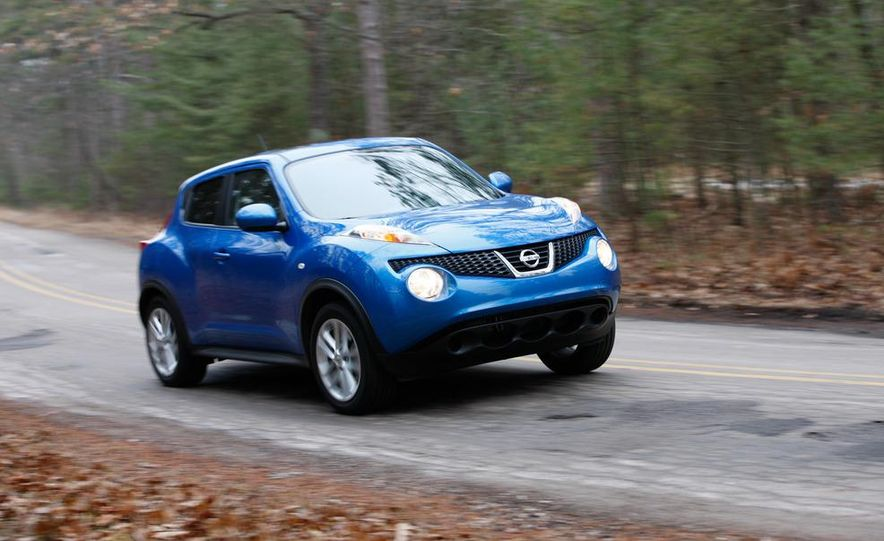 2012 Nissan Juke SV AWD, 2011 Mini Cooper S Countryman ALL4, and 2012 Jeep Compass Latitude 4x4 - Slide 25