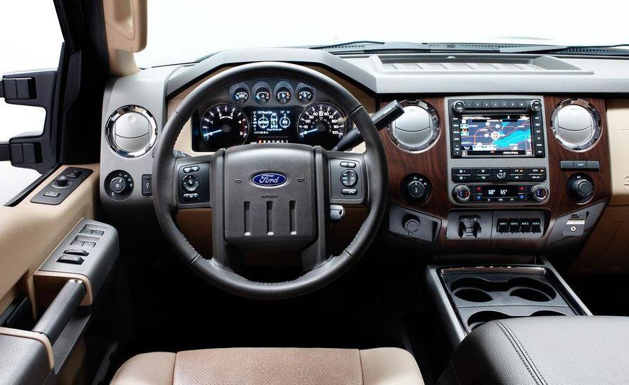 2012 Chevrolet Silverado 2500 HD - Slide 8