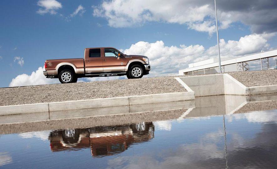 2012 Chevrolet Silverado 2500 HD - Slide 7