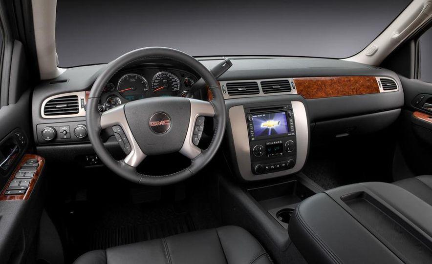 2012 Chevrolet Silverado 2500 HD - Slide 13