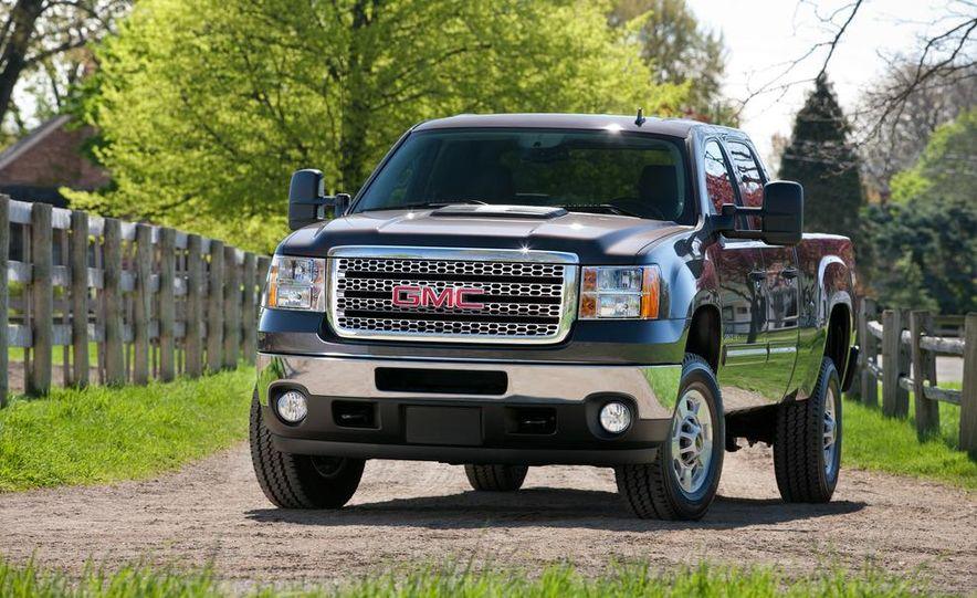 2012 Chevrolet Silverado 2500 HD - Slide 11
