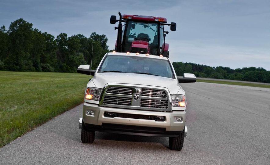 2012 Chevrolet Silverado 2500 HD - Slide 20