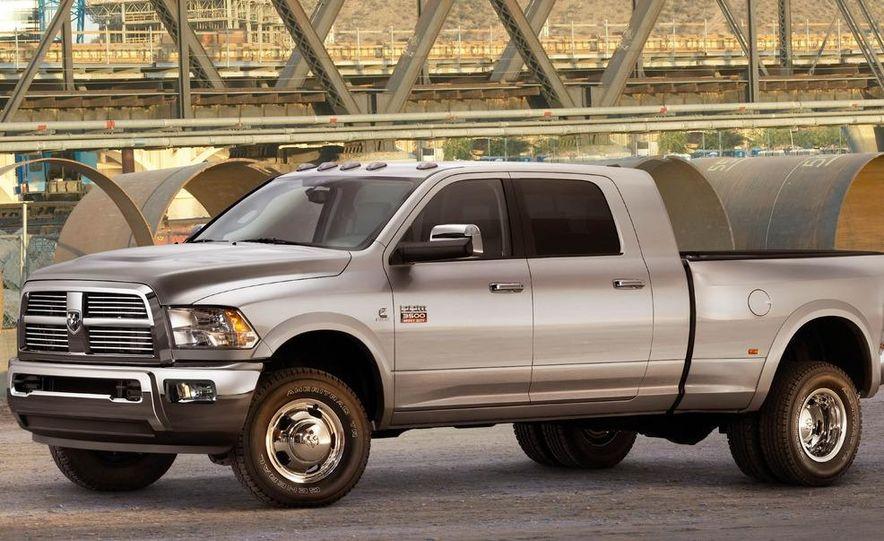2012 Chevrolet Silverado 2500 HD - Slide 17