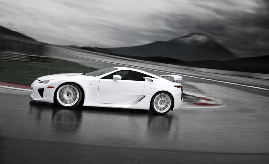 2012 Lexus LFA - Slide 5