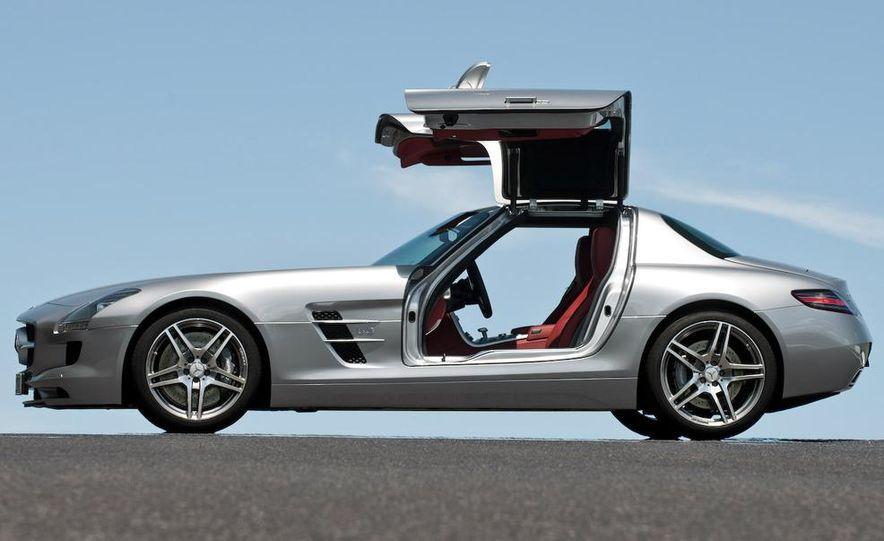 2015 Mercedes-AMG SLC (artist's rendering) - Slide 11