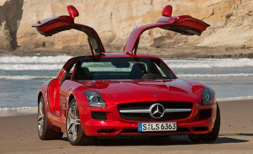 2015 Mercedes-AMG SLC (artist's rendering) - Slide 31