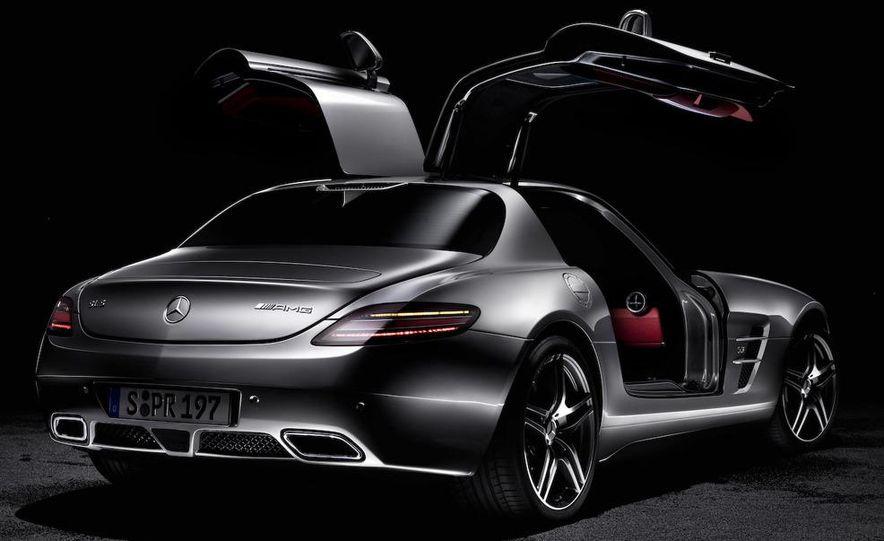 2015 Mercedes-AMG SLC (artist's rendering) - Slide 40
