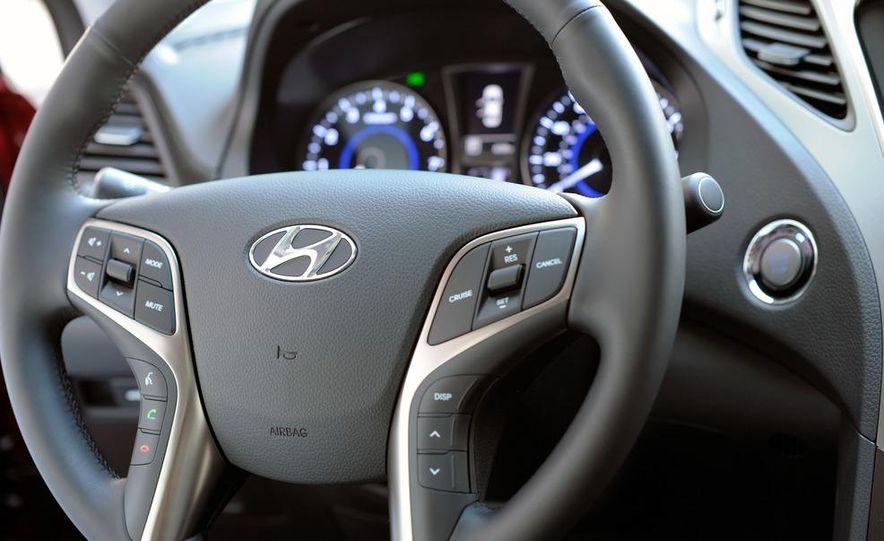 2012 Hyundai Azera - Slide 40
