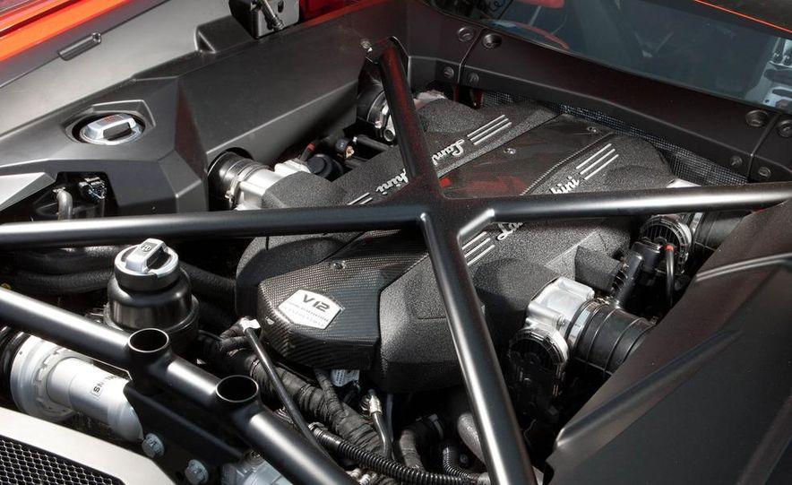 2013 Lamborghini Aventador Roadster (spy photo) - Slide 38