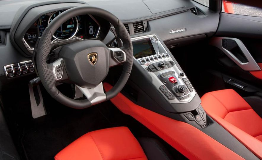 2013 Lamborghini Aventador Roadster (spy photo) - Slide 33
