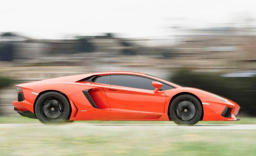 2013 Lamborghini Aventador Roadster (spy photo) - Slide 10