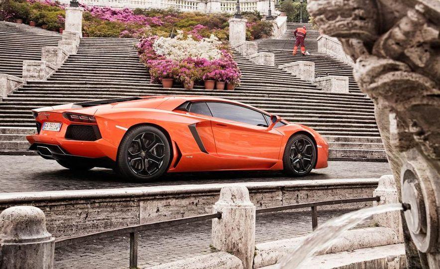 2013 Lamborghini Aventador Roadster (spy photo) - Slide 21