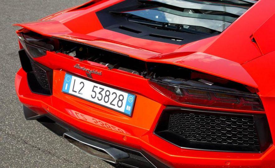 2013 Lamborghini Aventador Roadster (spy photo) - Slide 26