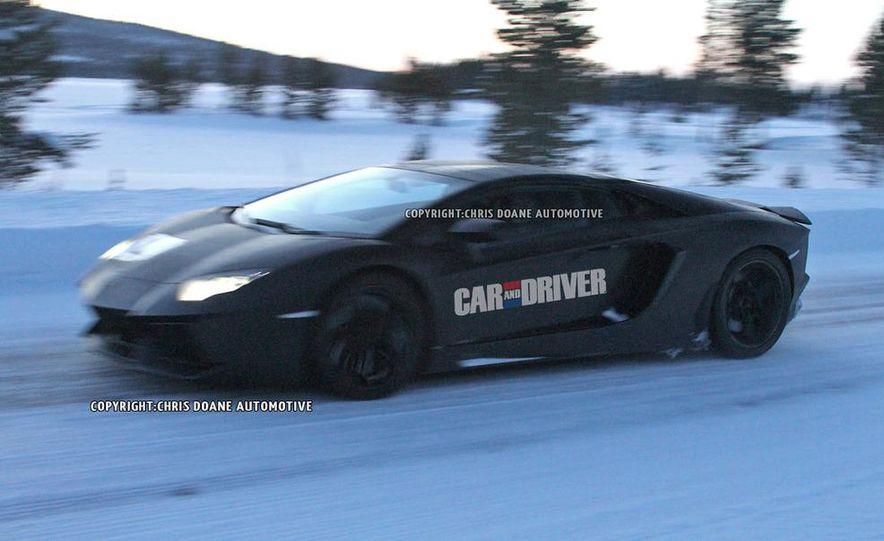 2013 Lamborghini Aventador Roadster (spy photo) - Slide 2