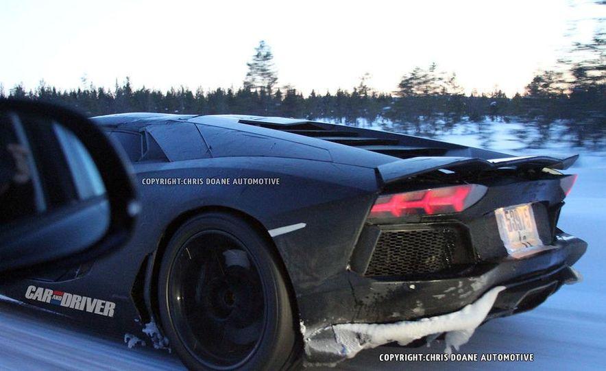 2013 Lamborghini Aventador Roadster (spy photo) - Slide 5