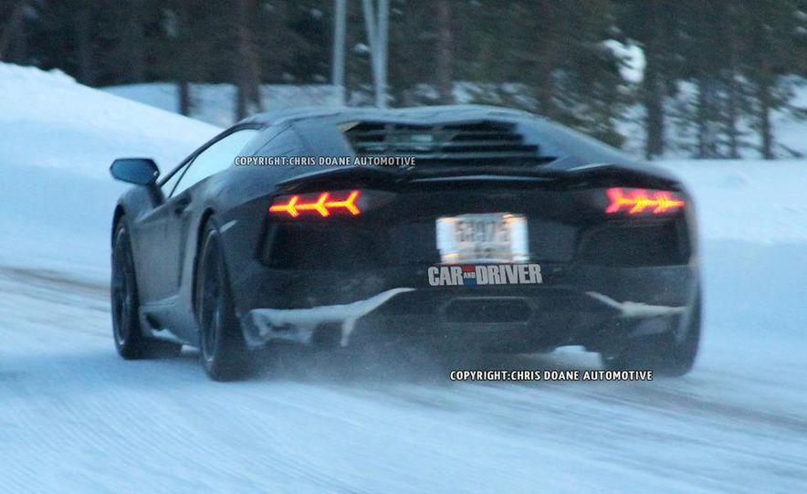 2013 Lamborghini Aventador Roadster (spy photo) - Slide 4