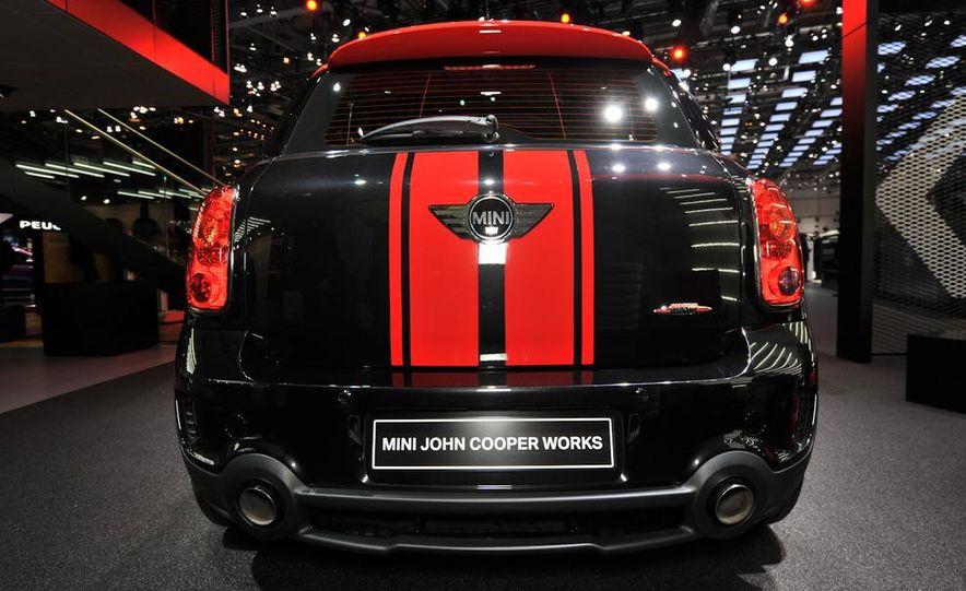 2013 Mini John Cooper Works Countryman - Slide 6