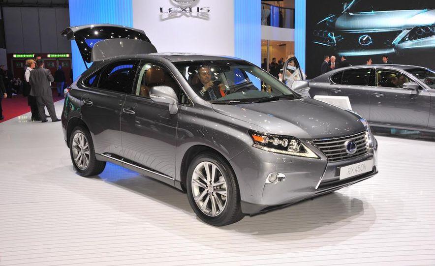 2013 Lexus RX450h - Slide 1