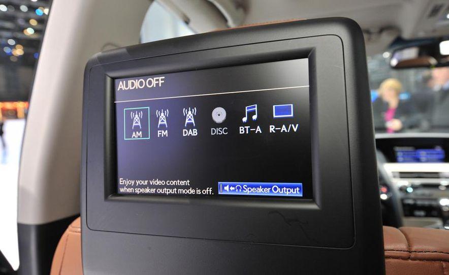 2013 Lexus RX450h - Slide 19