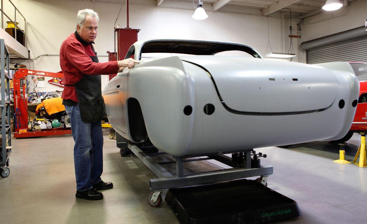 Ancient Grease: Zen & Ferrari V12 Maintenance