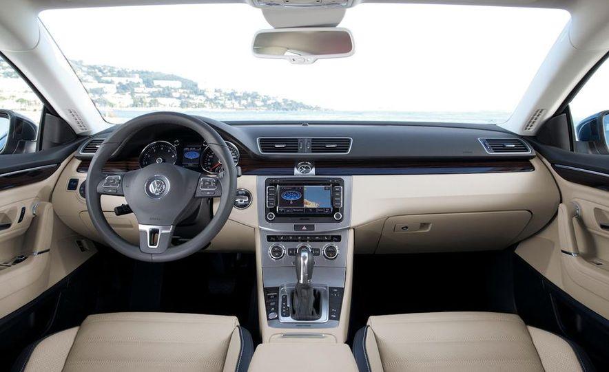 2013 Volkswagen CC - Slide 22