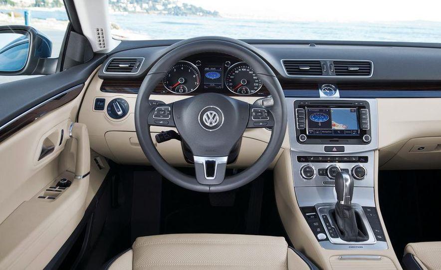 2013 Volkswagen CC - Slide 23