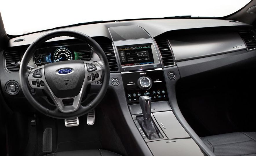 2013 Ford Taurus SHO - Slide 21