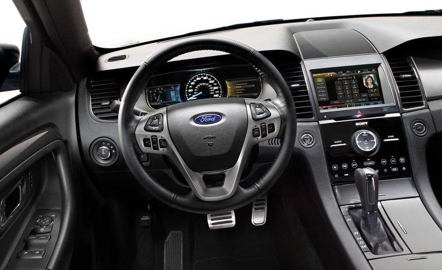 2013 Ford Taurus SHO - Slide 22