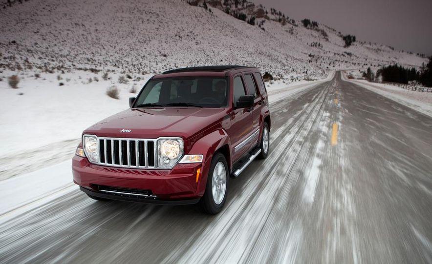 2014 Jeep Liberty Turbo (spy photo) - Slide 23