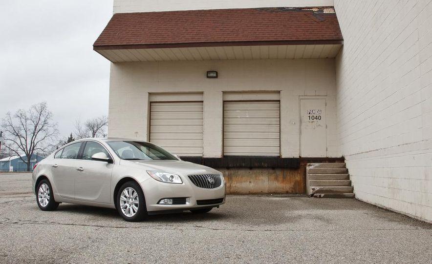 2012 Buick Regal eAssist - Slide 1