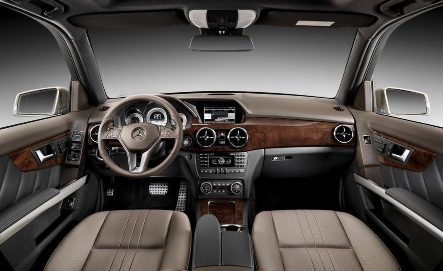 2013 Mercedes-Benz GLK350 - Slide 37