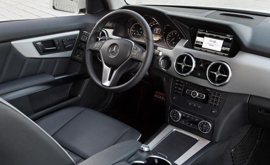 2013 Mercedes-Benz GLK350 - Slide 26