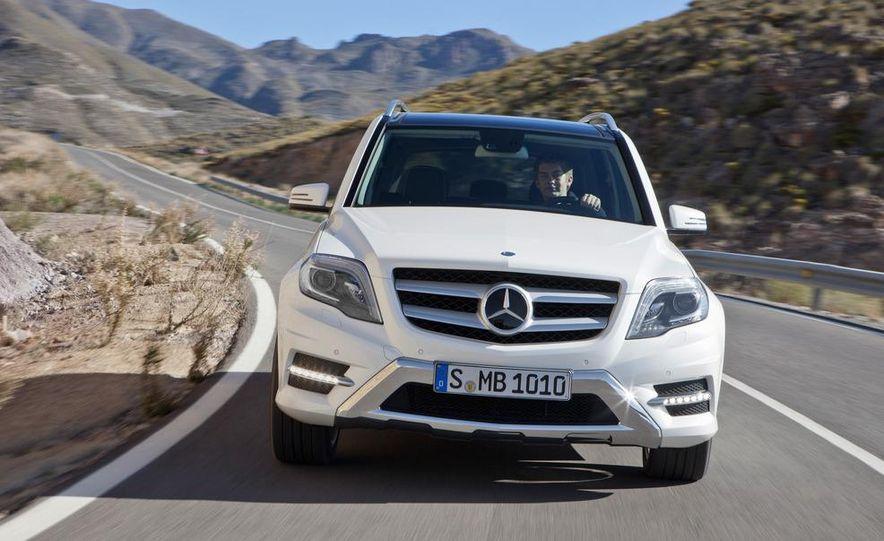2013 Mercedes-Benz GLK350 - Slide 12