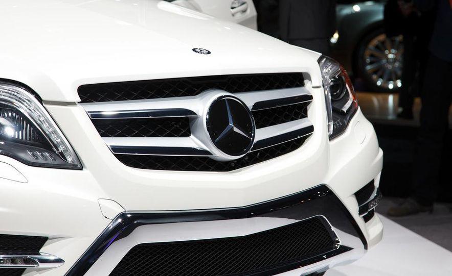2013 Mercedes-Benz GLK350 - Slide 7