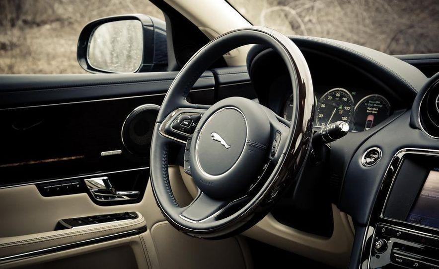 2012 Jaguar XJL Supersport - Slide 16