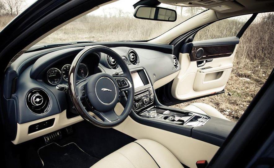 2012 Jaguar XJL Supersport - Slide 18