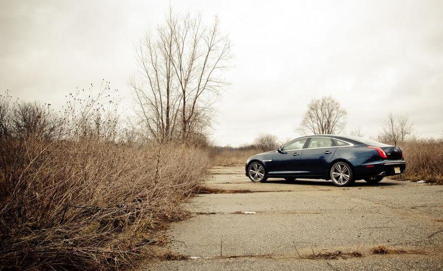 2012 Jaguar XJL Supersport - Slide 8