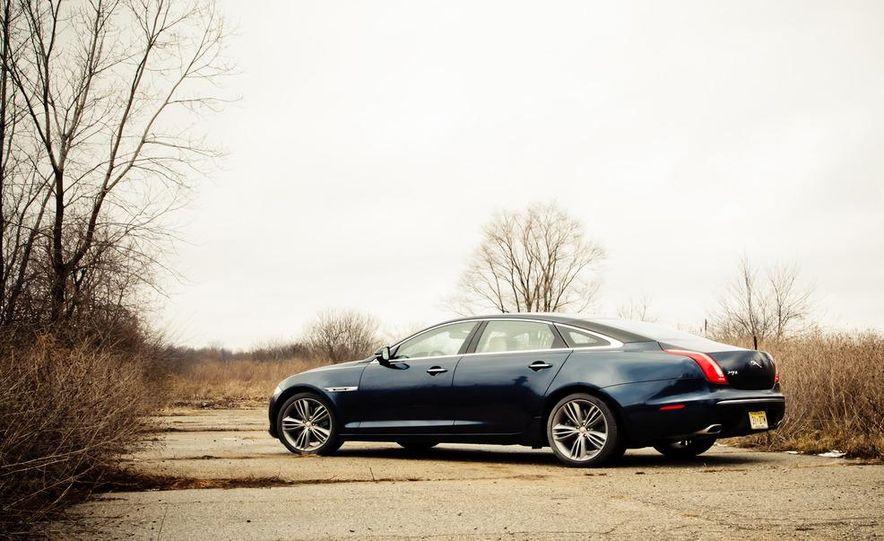 2012 Jaguar XJL Supersport - Slide 9