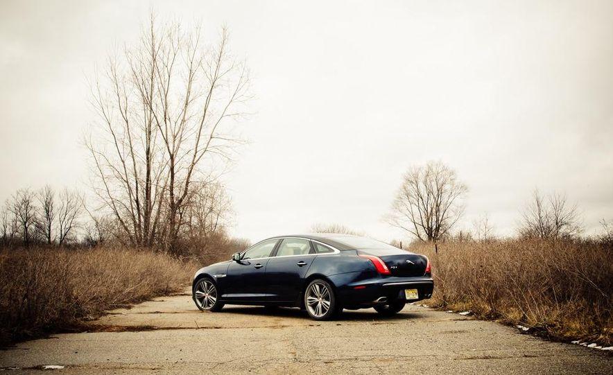 2012 Jaguar XJL Supersport - Slide 10