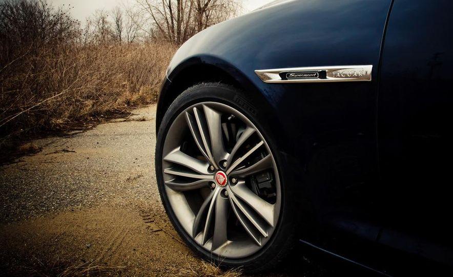 2012 Jaguar XJL Supersport - Slide 12