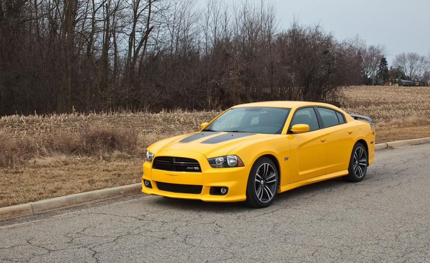 2012 Dodge Charger SRT8 Super Bee - Slide 2