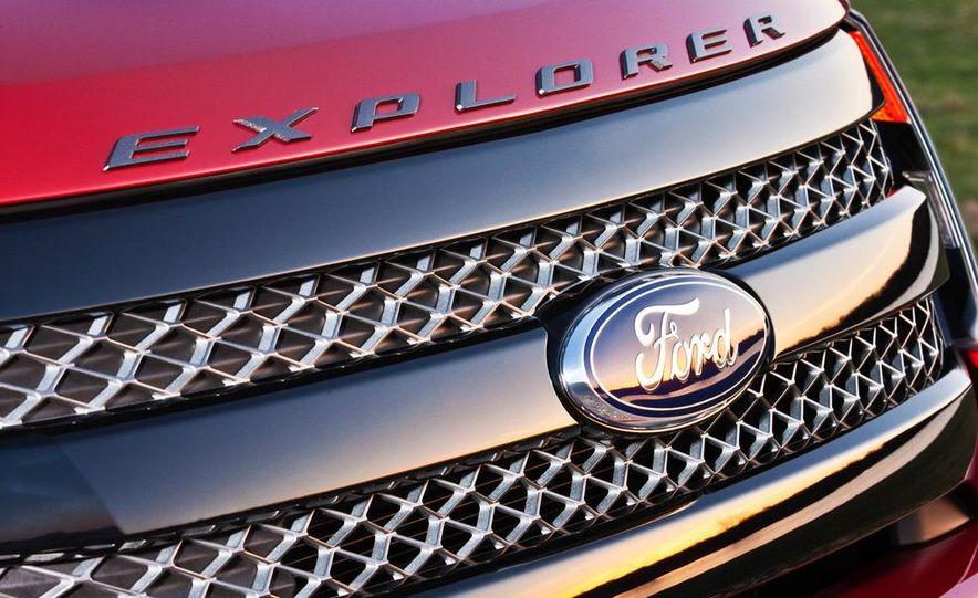 2013 Ford Explorer Sport - Slide 46